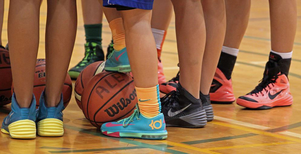 choosing the best basketball sneakers