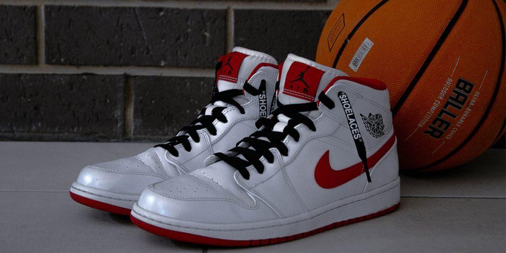 choosing the best basketball sneakers