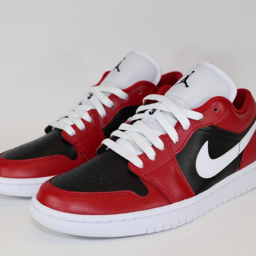 air Jordan 1 low chicago flip